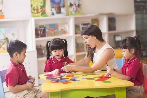 Những lưu ý khi chọn trường mầm non cho con em