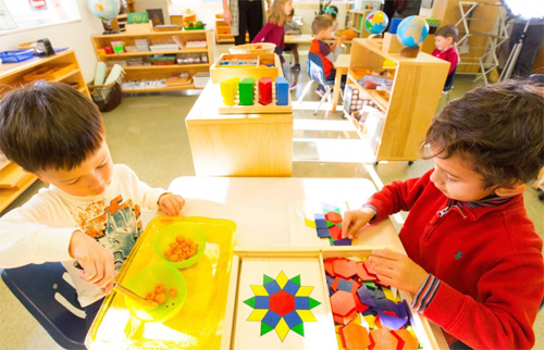 Phương pháp Montessori trong chương trình giáo dục mầm non